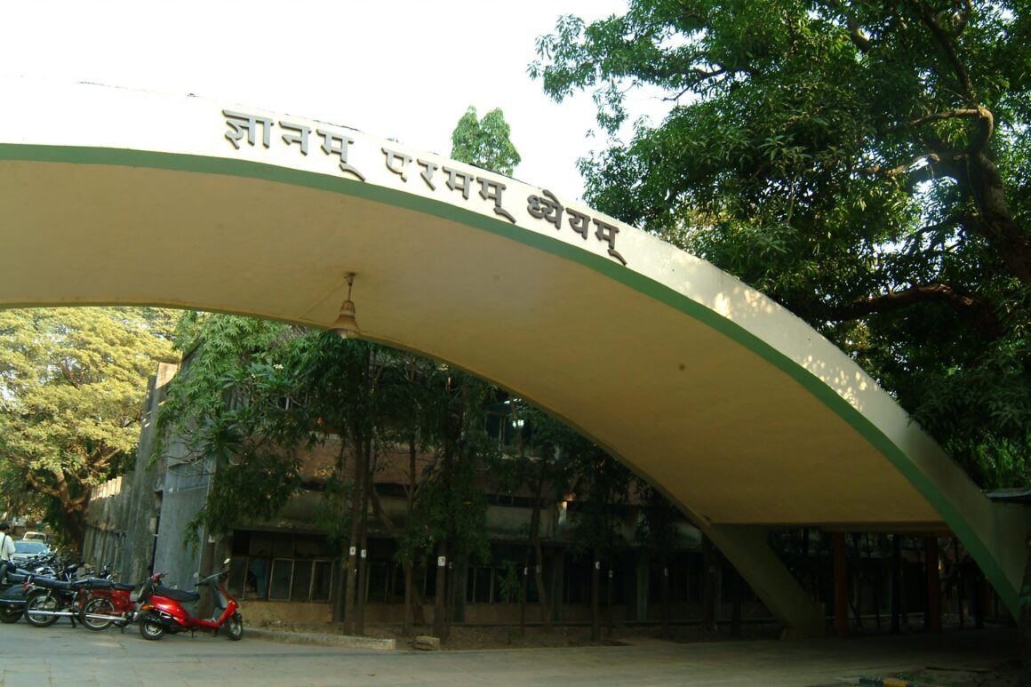 5 Checks to Choose the Best IIT-JEE Coaching Institute in Kota - IIT Bombay