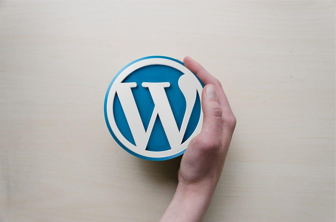 wordpress, hand, logo, managed wordpress hosting